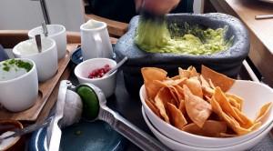 La pasta cremosa ya está hecha. Culantro, cebolleta, lima exprimida... y nada de tomate!