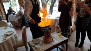 Flambeando los Crêpes suzette La Normandie