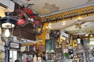 Los Gatos cervecería Barrio de Las Letras. Por su contenido cañí muy para guiris. Los 5 Mejores.