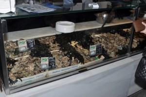 Comer las mejores ostras en Madrid.