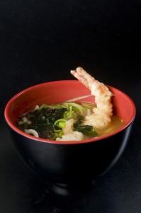 Sopa udon con tempura